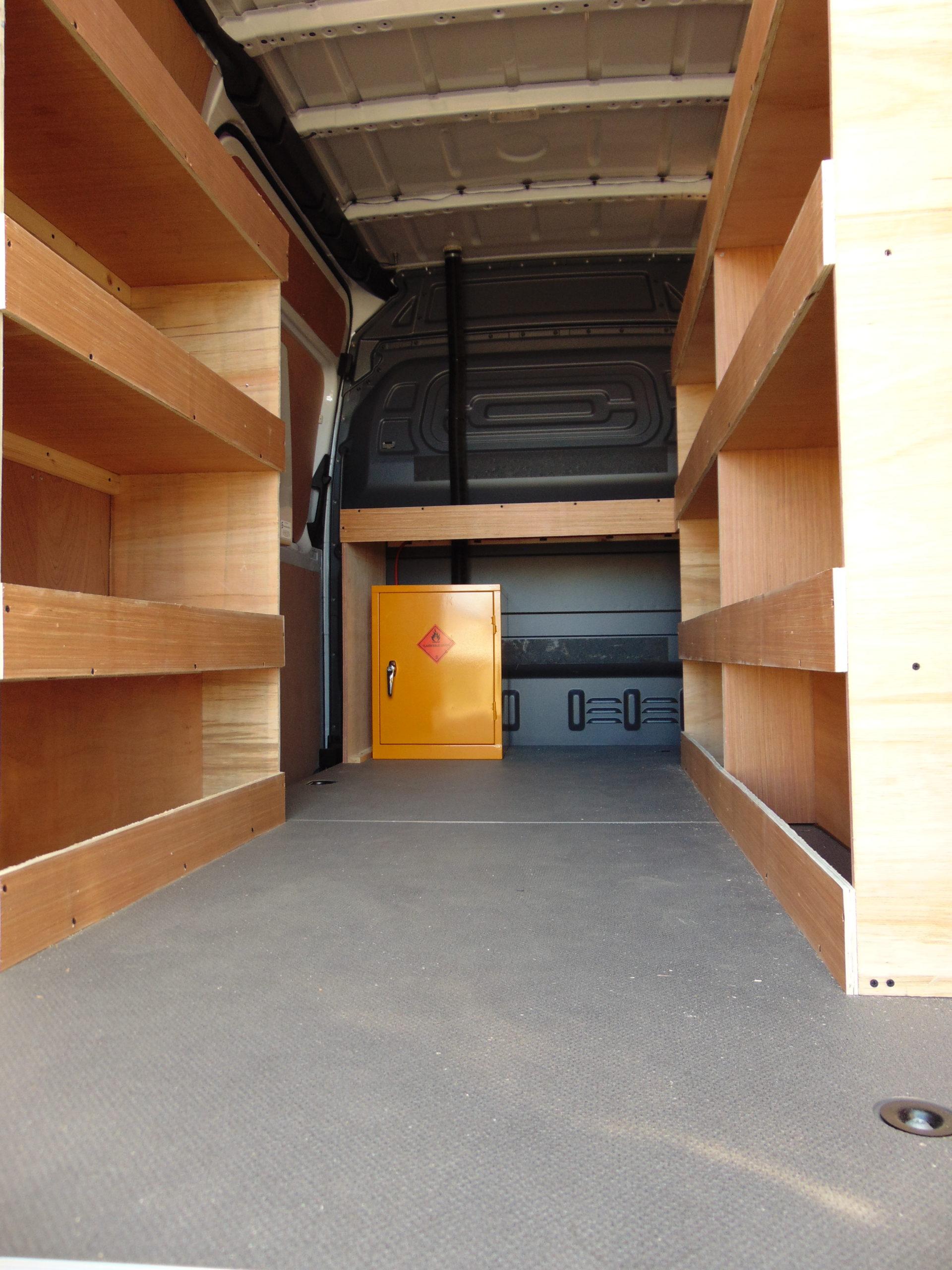 loading a 3.5 ton van lease