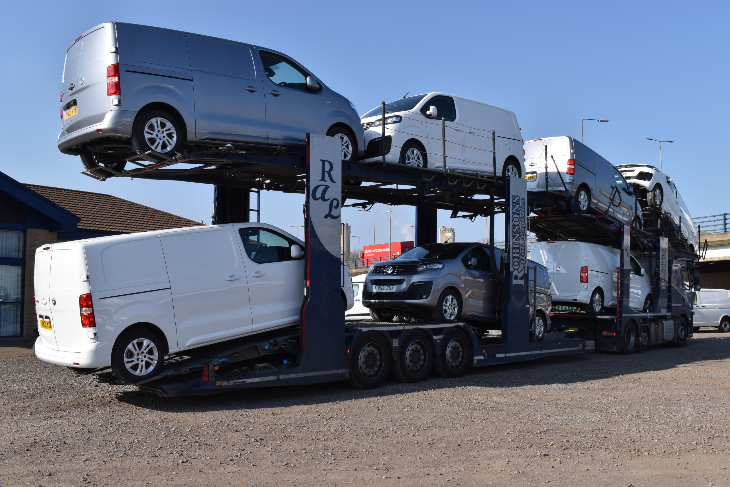 Vauxhall Vivaro on Transporter